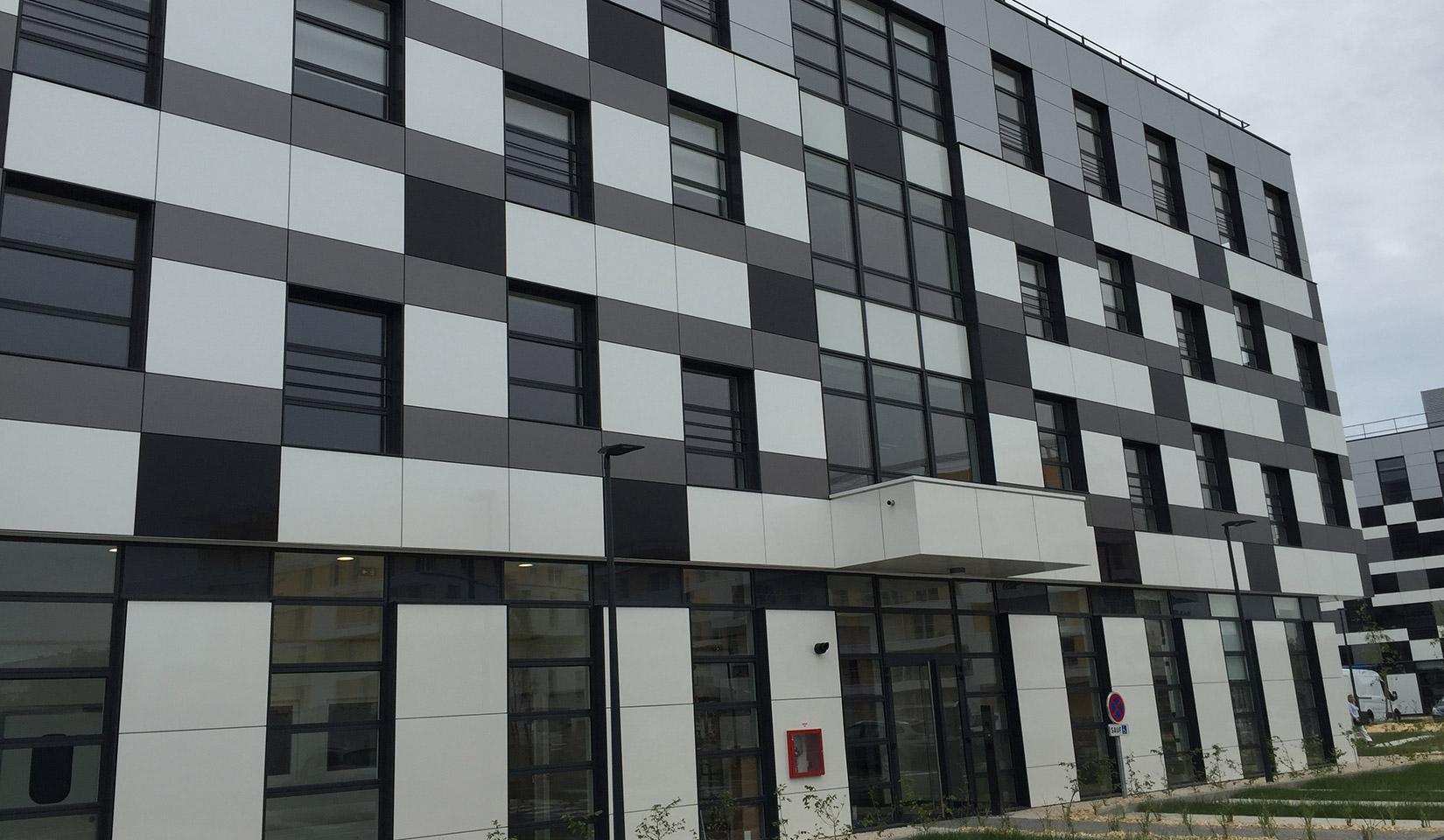 Barco : réalisation Tours Campus 3